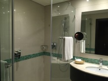 Huge shower corner