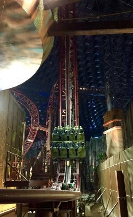 Predator coaster vertices lift hill