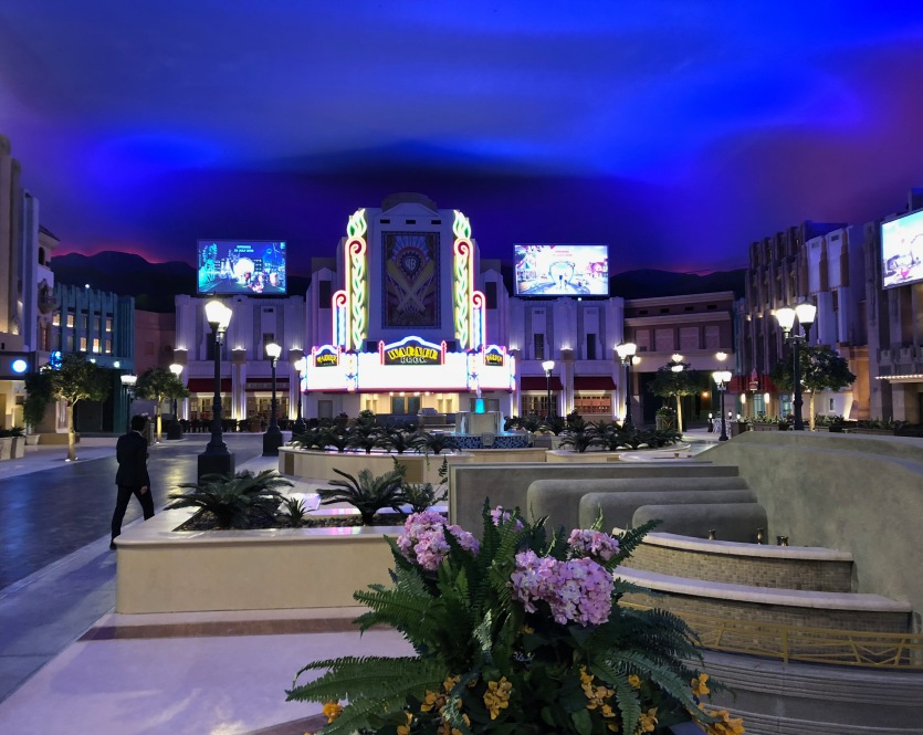 1. Warner Bros World Theme Park Abu DhabiIMG_9127