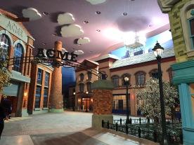 1. Warner Bros World Theme Park Abu DhabiIMG_9196